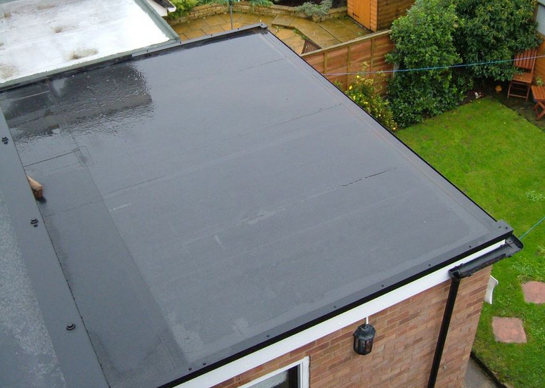 Choosing a Flat Roofing System